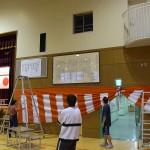 12-11 汐入小校歌額取付 (16)